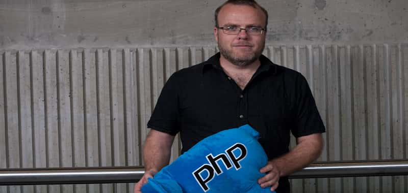 History, origin and evolution of the PHP language | Learn PHP | And so we come to an autumn afternoon in 1994, in which an unemployed Danish programmer based in Toronto (Canada), Rasmus Lerdof, gets down to work writing a small CGI in Perl to help him count the visits that arrive at his curriculum vitae, saving this value in a MySQL database