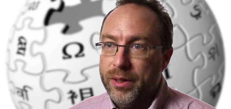 Jimmy Wales - Fundador de Wikipedia | Biografía Informáticos | Jimmy Wales, nacido el 8 de agosto de 1966 en Huntsville, Alabama, EE. UU., empresario estadounidense, cofundador de Wikipedia, una enciclopedia gratuita basada en Internet que opera bajo un estilo de gestión de código abierto